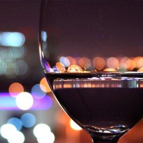 Vin glas med udsigt